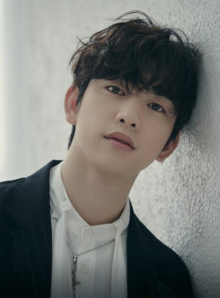namastehallyu_ 4 Jinyoung
